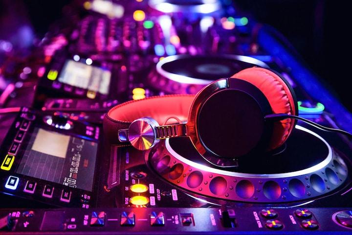 DJ - G-Rob